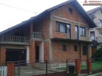 Kuća na sprat površine 118m2 na atraktivnoj lokaciji!!!