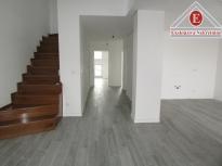 Trosoban dvoetažni stan 120 m2 sa garažom ID 450/DŠ