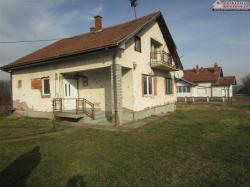 Kuća na odličnoj lokaciji 2070/JS