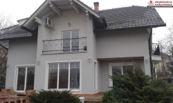 Prodaje kuću 2060/JS